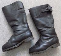 Československé vysoké kožené boty