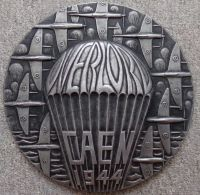 Velká kovová plaketa Overlord Caen 1944